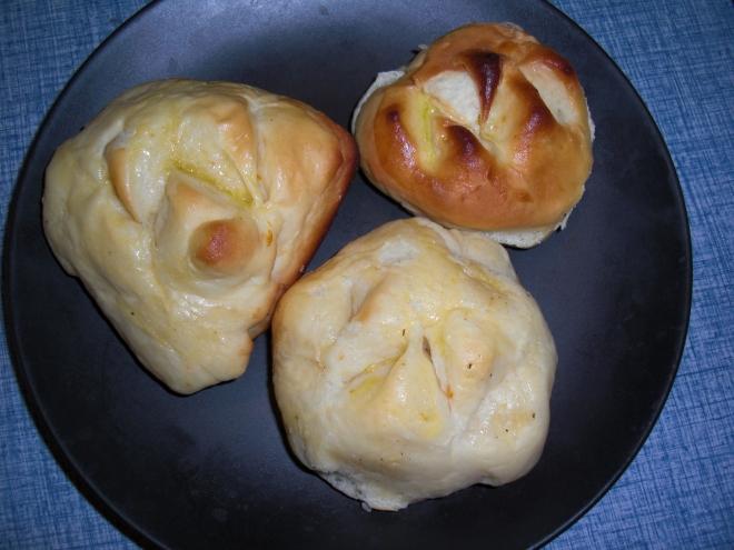 love feast rolls