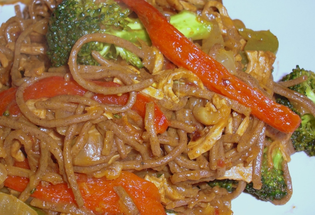 """Curried Soba Noodles with """"Beef"""""""