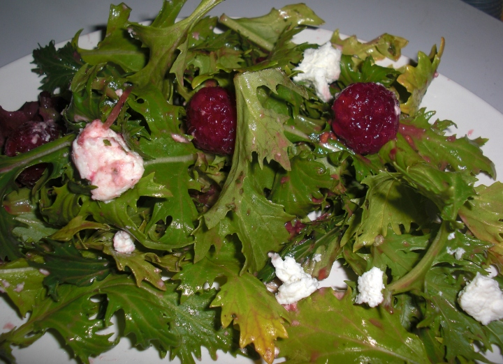 Spring Greens with raspberrries and goat cheese